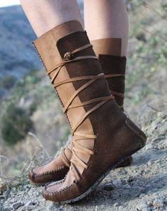 Aziza Mok, US size 6.5 - 7, EU 37 - 37.5, these wrap moccasins are adjustable on…