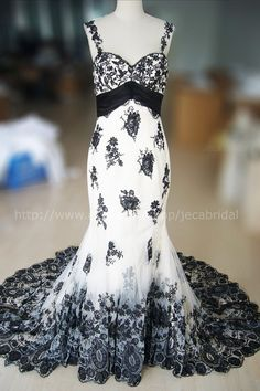 Black White Wedding Gown Classic Lace Elegant Summer Banquet