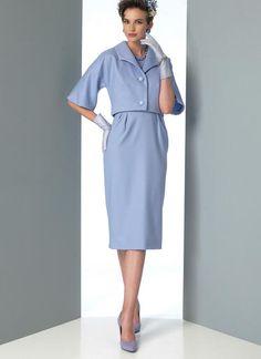 V9082   Misses' Dolman-Sleeve Jacket, Notched-Hem Top and Dress   Vogue Patterns