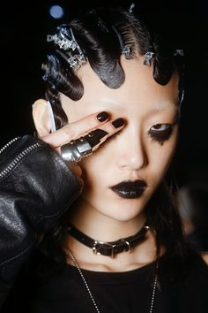 Seriously Ruined: BEAUTY LUST | MARC JACOBS : FALL 2016 READY-TO-WEAR