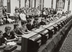 The National Space Invaders Championship held by Atari in 1980. #Atari #SpaceInvaders #Retrogaming