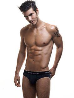 Risultati immagini per lucas bernardini model Slip, Lucas Bernardini, Beauty Portrait, Brazilian Models, Hot Hunks, Guy Pictures, Attractive Men, Hot Boys, Gorgeous Men