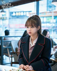 Stills cuts for Ep8#CleanWithPassionForNow 😍❤💕 I FEEL SO IN LOVE WITH HER LOOKS ❤❤😍 Photo Korean Haircut Long, Korean Bangs Hairstyle, Child Actresses, Korean Actresses, Korean Actors, See Through Bangs Korean, Kim Joo Jung, Korean Photo, Ulzzang Korean Girl
