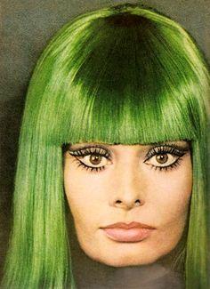 Sophia Loren In Green Wig