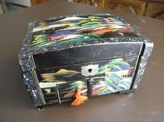 Vintage Japanese Jewelry Box Black Lacquer with Geisha by FairSails