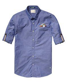Chemise avec mouchoir de pocheChemise avec mouchoir de poche