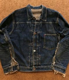 perfectly worn in Vintage Jeans, Vintage Jacket, Vintage Outfits, Denim Outfit, Denim Shirt, Raw Denim, Denim Men, Edwin Jeans, Hipster Jeans