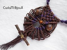 How to make a Multicolored Macramé Owl - Necklace Tutorial. You can also use this owl as a keychain etc. Please watch more macrame owl tutorials below: http. Macrame Necklace, Macrame Jewelry, Macrame Bracelets, Owl Necklace, Diy Jewelry, Jewellery, Macrame Owl, Owl Crafts, Macrame Projects