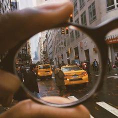 13 images en perspective forcée que vous devrez voir deux fois - Camera - Fashion Brown Aesthetic, Aesthetic Photo, Aesthetic Pictures, City Aesthetic, Aesthetic Grunge, Aesthetic Vintage, Framing Photography, City Photography, Creative Photography