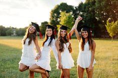 Graduation Picture Poses, Graduation Portraits, Graduation Photography, Graduation Photoshoot, Grad Pics, Graduation Pictures, Graduation Ideas, Cap And Gown Pictures, Gown Photos
