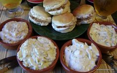 Aderezos para sandwiches Sandwiches, Hummus, Dressing Recipe, Dips, Muffin, Cheese, Snacks, Eat, Breakfast