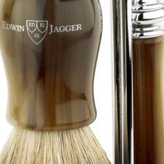 men's shaving kit Edwin Jagger Shaving set www. Badger Shaving Brush, Men's Shaving, The Art Of Shaving, Shaving Razor, Edwin Jagger, Shaving Trimmer, Shaving Products, Mens Shaver, Etiquette And Manners