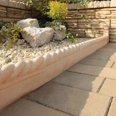 Bradstone, Rope Top Edging Autumn Cotswold 450 x 160 x 50 - 44 Per Pack - Edging and Kerbs - Finishing Touches