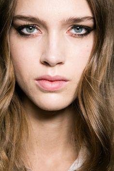Philosophy Di Lorenzo Serafini at Milan Fall 2016. http://adventuresfortwo.com/ #makeup #beauty #runway #backstage
