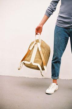 Boxy Backpack Raw Natural Medium