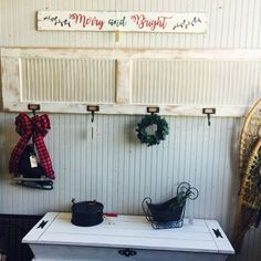 ideas for shutter door repurposed hooks Plastic Shutters, Diy Shutters, Wooden Shutters, Repurposed Shutters, Repurposed Items, Vintage Shutters, Window Shutters, Repurposed Furniture, Upcycle