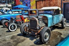The Invasion Number 9 Car Show in Deep Ellum. ... ... #rebelrouserhotrods #texas #InstaDFW #pinstriping #kustomkulture #ratrod #custom #kustom #hamb #rockabilly #whitewalls #vintagecar #roadster #rusty #patina #rustisnotacrime #picoftheday #carsofinstagram #carshow #dallas #deepellum #invasioncarshow #invasion2016 #theinvasioncarshow