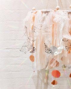 """10 Synes godt om, 2 kommentarer – SD&fund (@stroemsholtdesign) på Instagram: """"Getting there...👍🏼#DIY #preggo #syning #salg #Babymode #børnemode #Fashion #Hjemmelavet #Pude…"""""""