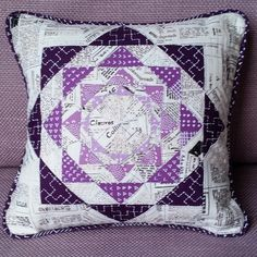Lovelovelove!!! 'Esme' cushion  Pattern by @lilysquilts in @lovequiltingmag Issue 16 #lovequiltingmag  #robertkaufman (text fabric) #karenlewistextiles (all the purples)…""
