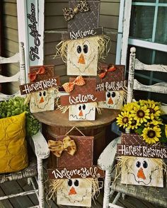 DIY Fall Pallet Ideas Inspiring You In 2019 - Fall halloween crafts, Fall Wood Crafts, Autumn Crafts, Thanksgiving Crafts, Wooden Crafts, Holiday Crafts, Diy Crafts, Wooden Fall Decor, Stick Crafts, Adult Crafts