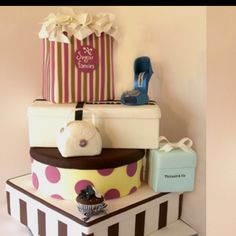 Would love this for my birthday cake <3