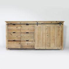 Buffet en bois recyclé, structure en bois massif avec porte coulissante.