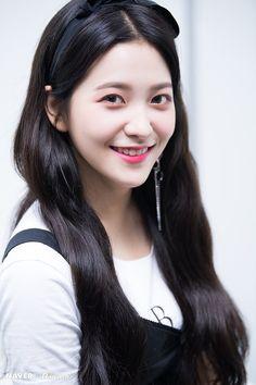 Seulgi, Kpop Girl Groups, Kpop Girls, Red Velvet, Rapper, Kim Yerim, Korean Celebrities, Irene, Korean Girl