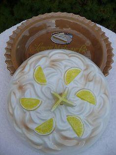 Lemon Meringue  flavor lid u0026 ceramic saver keeper pie plate with tasty ... & Ceramic Decorative Covered Lid Lemon Pie Plate Dish Vintage ...