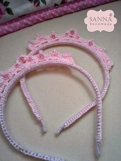 ✽ Sanna Handmade ✽: Tiara de Crochet