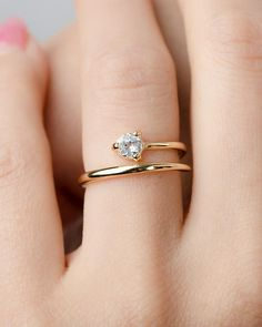 Diamonds are a girl´s best friend. so are a skinny Gold ring! Sterling Silver Rings, Gold Rings, Unique Rings, Unique Jewelry, Skinny Rings, Gold Ring Designs, Broken China Jewelry, Accesorios Casual, Ring Set