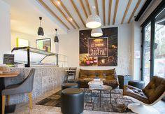 Les saveurs de JOSEPH à Rennes - Architecture par l'agence LABEL ETUDES Office Ideas, Joseph, Bar, Architecture, Breakfast, Table, Furniture, Home Decor, Rennes