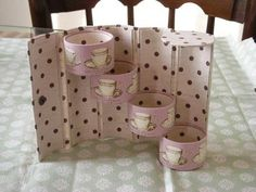 Cartonnage with toilet paper rolls  http://okameliving.blog40.fc2.com/blog-entry-751.html