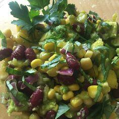 #avocado #mango #salad #food #foodblogger #healthy #healthyfood #eat #soulfood Mango Salat, Foodblogger, Potato Salad, Potatoes, Eat, Healthy, Ethnic Recipes, Stuffed Avocado, Beans Recipes
