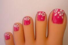 Wedding toe nail art design white on french pedicure summer toenail polish designs Flower Toe Nails, Pink Toe Nails, Pretty Toe Nails, Summer Toe Nails, Feet Nails, Pedicure Summer, Pink Toes, Diy Nails, White Nails