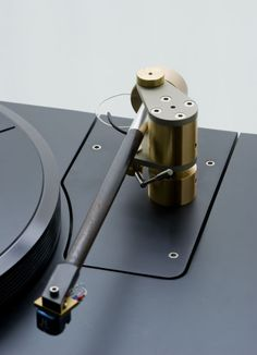 """""""Classic Vintage Audiophile Turntable...Always In Good Old Fashion Style"""" !... http://about.me/Samissomar"""