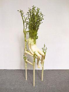 sculptures humanoides devores par les vegetaux par ishibashi yuis 1   Sculptures dhumanoides dévorés par la nature par Ishibashi Yui   Sculp...