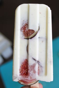 fig, vanilla and greek yogurt popsicles.