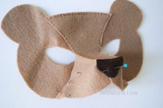 how to make 3d felt mask. pin top piece then side pieces and sew