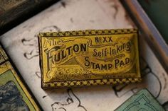 Self Inking Stamp Pad Tin in Vintage