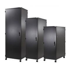 The transfer switch manufacturers by Netrack increase cold air entry from the front side and exhaust hot air from the back side, thus keeping the server cabinet free from heat accumulation.