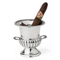 256aab84a5e Voor de sigarenrokers onder ons. De champagne Bucket asbak van geheel  silver. Kost wel