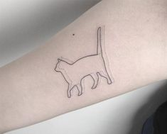 Here are some beautiful constellation tattoos! Here are some beautiful constellation tattoos! Here are some beautiful constellation tattoos! Bad Tattoos, Wolf Tattoos, Trendy Tattoos, Forearm Tattoos, Cute Tattoos, Body Art Tattoos, Small Tattoos, Tattoos For Women, Minimalist Cat Tattoo