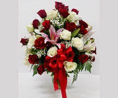 Beli Mawar di Toko Bunga Bandung Floral Arrangements, Christmas Wreaths, Floral Wreath, Holiday Decor, Wedding, Home Decor, Valentines Day Weddings, Floral Crown, Decoration Home