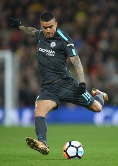 Kenedy of Chelsea shoots during the The Emirates FA Cup Third Round match between Norwich City and Chelsea at Carrow Road on January 6, 2018 in Norwich, England.