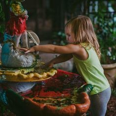Moments in childhood.  My niece checking out the garden water fountain . #kansas #kansasphotography #orlando #orlandophotographer #orlandophotography #clickitupanotch #clickinmoms #confidentphotographers #waterfountain #childhood #instakids #orlandochildrensphotographer #oviedophotographer #oviedoflorida #childrenphoto #childhoodunplugged #childhoodmemories #childhood #niece #follow4follow