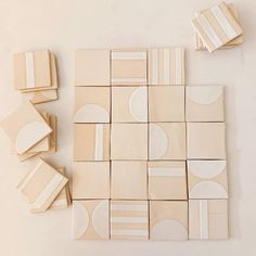 I made something for me and I couldn't be happier with the way the tiles turned out. It feels nice to little by little pick corners of our… Tile Patterns, Textures Patterns, Tile Design, Pattern Design, Brick In The Wall, Tiles Texture, Do It Yourself Crafts, Style Tile, Home Decor Inspiration