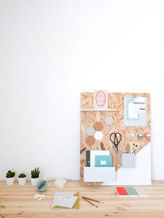Memoboard selber machen, DIY Holz Pinnwand, Kakteen, Stifte, Heftklammern Source by