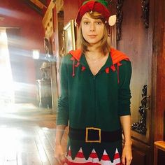 Adorable elf Taylor. http://ift.tt/2in2M0V