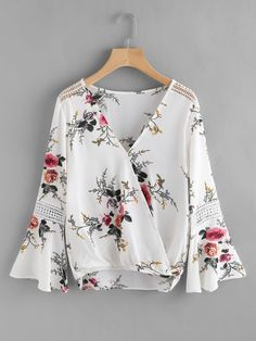 Casual Floral Top Regular Fit V neck Long Sleeve Flounce Sleeve Multicolor Botanical Print Lace Panel Surplice Top Pop Fashion, Fashion Clothes, Fashion Outfits, Style Fashion, Ruffle Fabric, Ruffle Blouse, Surplice Top, Spring Shirts, Dressy Tops
