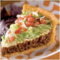 Real Taco Pie – add grilled corn too? (add hot sauce to sour cream – tip from Pi… Real Taco Pie – add grilled corn too? (add hot sauce to sour cream – tip from Pioneer Woman's taco pizza that is so good) Think Food, I Love Food, Food For Thought, Ellies Real Good Food, Mexican Food Recipes, Beef Recipes, Cooking Recipes, Cooking Chef, Cookbook Recipes